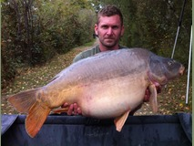 Jonathan's PB - 48 lb 12 oz swim 4 - October 2014