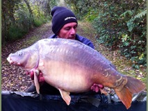 Mick with nobby - 40 lb 4 oz swim 9 - October 2014