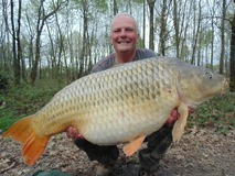 Carl with Amber the Common - 53 lb swim 11 - April 2015