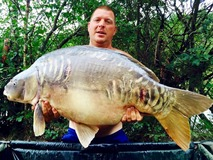Ray with The Big Scale - 51 lb 12 oz swim 3 - August 2015