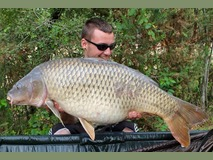 Louis with Smudge - 40 lb 12 oz new pb - August 2015
