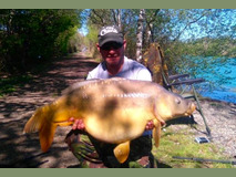 Justin with broken tail new PB - 44 lb  swim 1 - April 2017