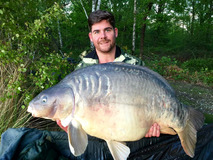 Ian with The Big Scale - 57 lb swim 9 1st PB - May 2017