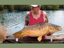 Steve with Ambler - 39 lb swim 5  - May 2017