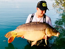 Adam with Big Al new pb - 44 lb 8 oz swim 10 - September 2018