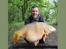 Russ with Blondie - 46 lb 4 oz swim 9  - May 2019