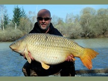 Martyns new pb - 47lb common - March 2012